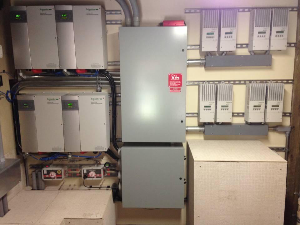 900 Ah Li, 33.6 kW Solar, 30 kW Genset