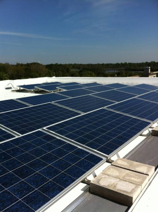 Solar array of commercial solar installation in Tampa, FL