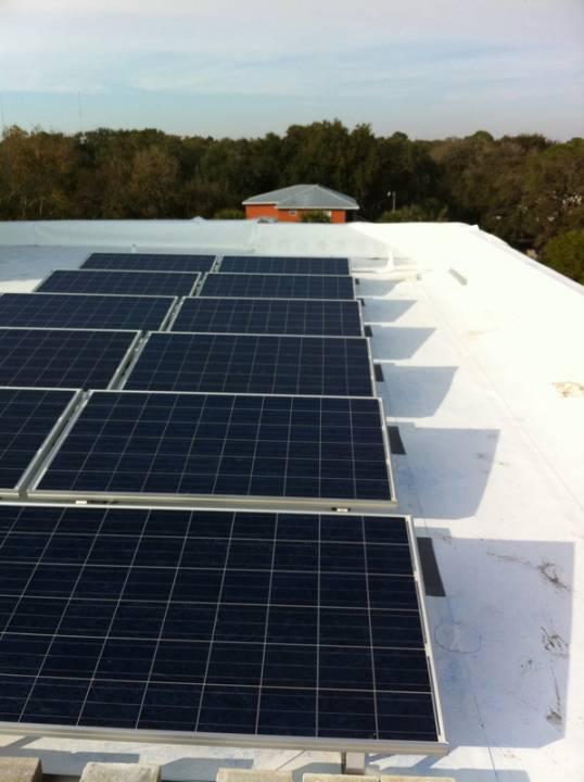 Solar array of commercial solar installation in Tampa, FL