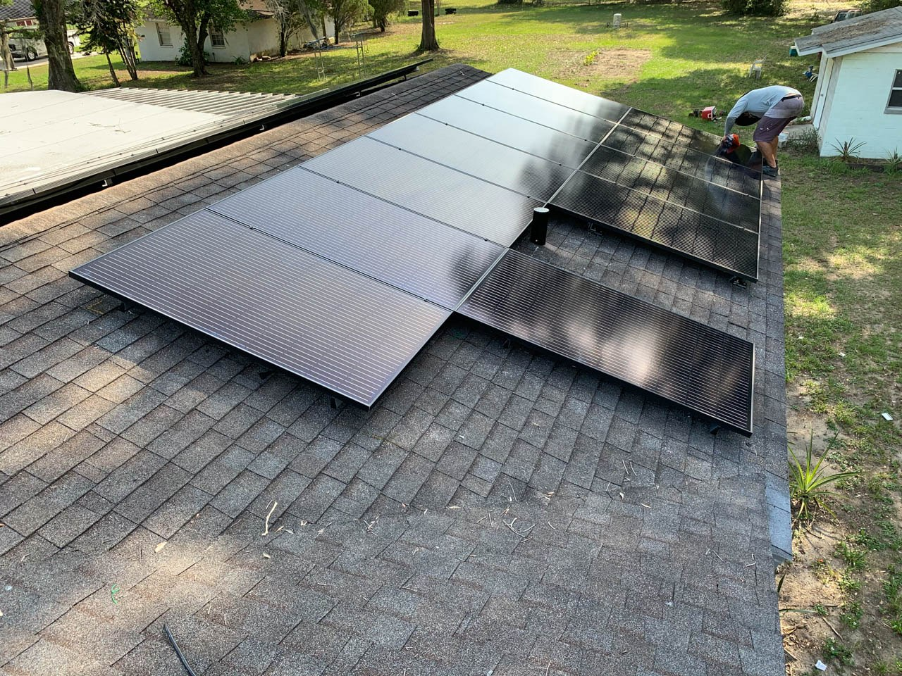 Solar array installed on a shingle roof in Thonotosassa, FL